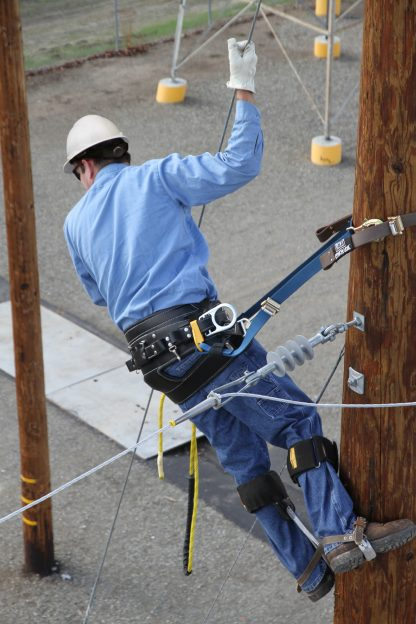 3M Fall Protection DBI-SALA Pole climbers - Applications for utilities - 2