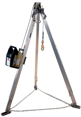 3M™ DBI-SALA® Confined Space Aluminum Tripod with Salalift™ II Winch 8300030, 1 EA 3M Product Number 8300030, 3M ID 70007489852