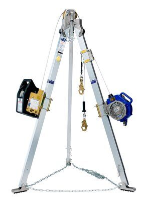 3M™ DBI-SALA® Tripod, Salalift™ II Winch and 3-Way SRL 8301041, 1 EA 3M Product Number 8301041, 3M ID 70007490041 - 7 ft. (2.1 m) aluminum tripod, 60 ft. (18 m) Salalift™ II winch and 50 ft. (15m) Sealed-Blok™ 3-way SRL with galvanized cable, mounting brackets, carrying bags and leg mount pulley.