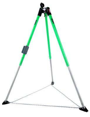 3M™ DBI-SALA® Confined Space UCT-300 Aluminum Tripod 8513158 - 7 ft. (2.1 m) UCT-300 aluminum tripod with adjustable locking legs, safety chain, safety shoes, top pulley and quick-mount bracket.